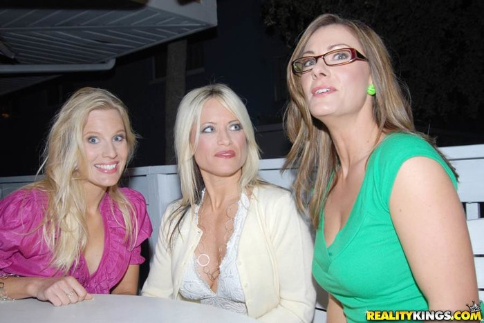 Brianna Ray, Kristen Cameron, Kc Green - MILF Next Door