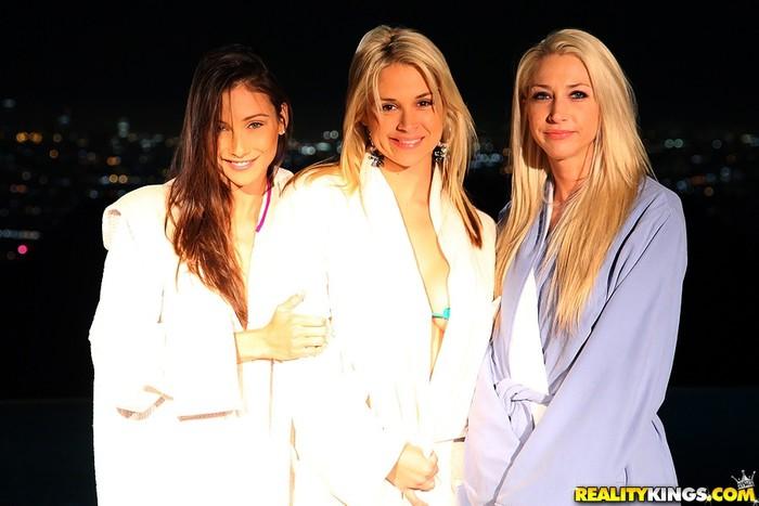 Celeste Star, Sammie Rhodes, Sarah Vandella - Night Cap